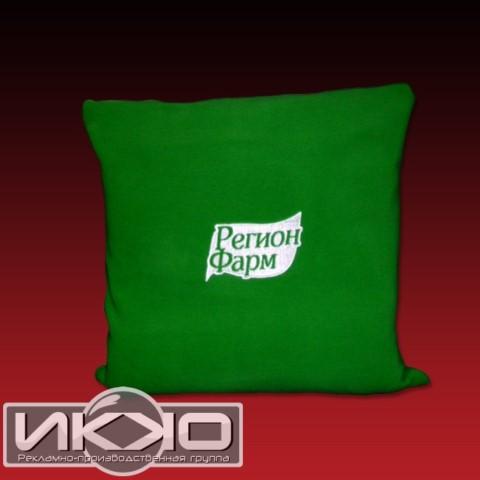 Купить плед с логотипом дешево | Компания РПГ «ИККО»